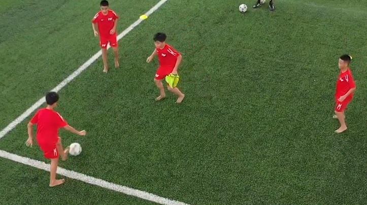 Học bóng đá cùng PVF: Kỹ thuật chuyền nhận bóng (P1)