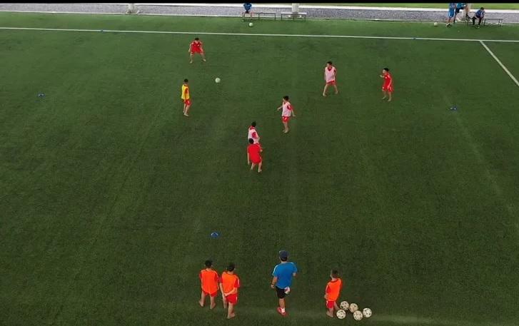Học bóng đá cùng PVF: Kỹ thuật chuyền nhận bóng (P3)